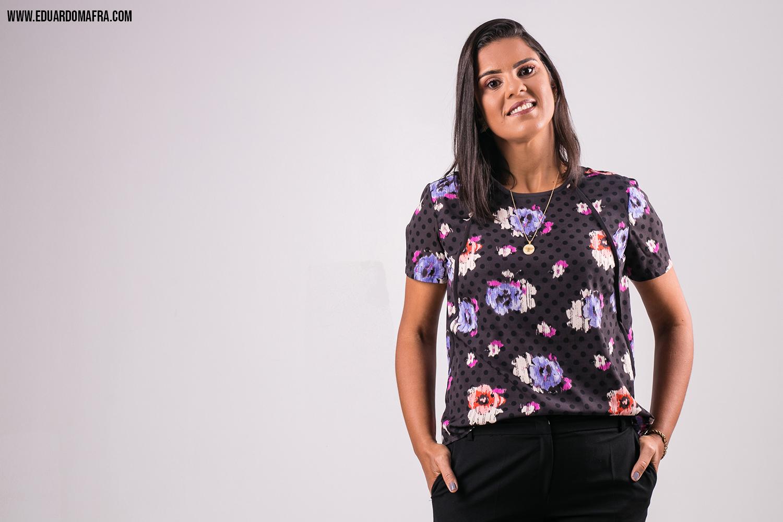 Ensaio fotográfico em estúdio psicóloga Nádia Queiroz - Fotografia Eduardo Mafra fotógrafo Lauro de Freitas Salvador (3)